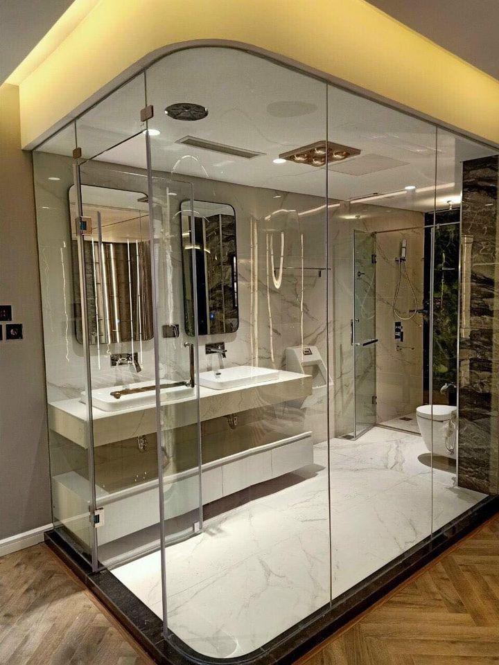Phòng tắm kính kích thước bao nhiêu là hợp lý?
